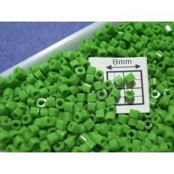 C01-47 margele Toho cub 1.5mm, opaque mint green, 5g