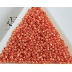 Toho R11-2112, Silver-Lined Milky Grapefruit, 10g