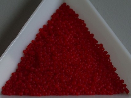 Toho R15-5CF, Transparent-Frosted Ruby, 5g