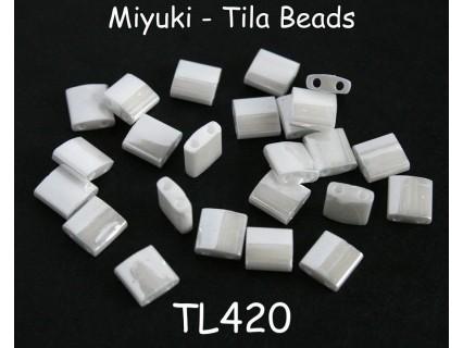 TL420 - mărgele Miyuki Tila 5mm, white pearl ceylon, 2g