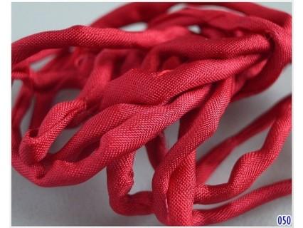 Snur matase naturala Ø3mm, 110cm, [050] culoare rosu , red ( 1 bucata )