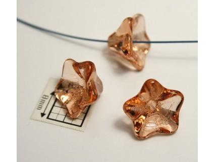 Clopotei 11x13 mm - margele sticla presata Cehia flori - culoare piersica (2 buc).