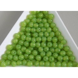 Margele sticla presata rotunde 4mm, verde opalizat semiopac (10g)