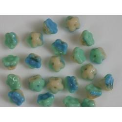 Clopotei 7 x 7 mm tip nasture - margele sticla Cehia - culoare verde/albastru/crem (10 buc) .