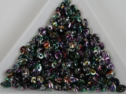Superduo - margele sticla Cehia forma superduo 2.5 x 3 x 5 mm culoare coated crystal (5 gr) T104