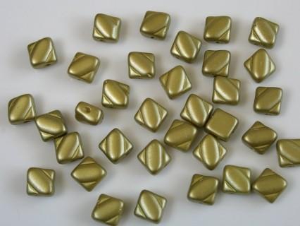 Margele sticla Cehia silky 6 mm, alabaster pastel lime (10 buc)