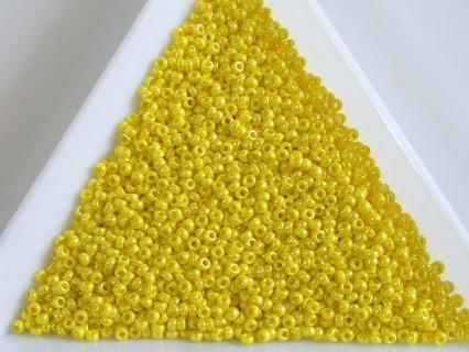 MR15-472 margele Miyuki 15/0 - Opaque Yellow AB, 5g