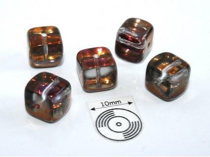 Margele sticla Cehia cub cca 8.20 x 7.60 mm culoare cupru/cristal (4 buc).