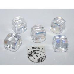 Margele sticla Cehia cub cca 8.20 x 7.60 mm culoare cristal AB (4 buc).