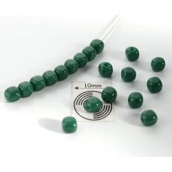 Margele sticla Cehia forma cub 3.60 x 3.60 mm culoare verde (10 buc)