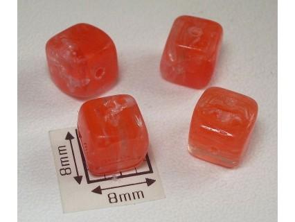 Margele sticla Cehia cub cca 6.90 x 7.20 mm culoare cristal/rosu deschis transparent (4 buc).