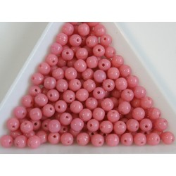 Margele sticla presata rotunde 4mm, opaque lt. pink (10g)