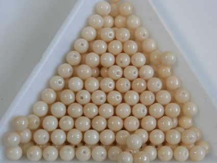 Margele sticla presata rotunde 4mm, opaque ivory (10g)