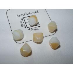 Margele sticla Cehia bicon 6 x 5 mm culoare alb/galben 10 buc.