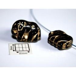Margele sticla Cehia forma elefant 17 x 13 mm culoare negru cu auriu (2 buc).