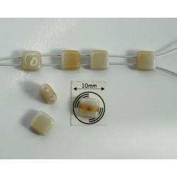 Margele sticla Cehia forma czechMates tile cca 6 x 3.10 mm culoare crem/alb (10 buc).