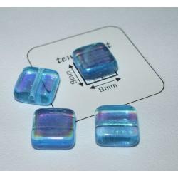 Margele sticla Cehia patrat 8 x 8 x 3 mm culoare albastru deschis cu efect AB (4 buc).