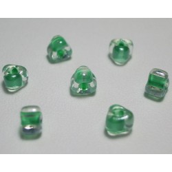 Margele sticla Miyuki triunghi 5/0, culoare int. verde crud, culoare ext. cristal clar, 5g