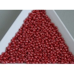 Toho R11-125, Opaque-Lustered Cherry, 10g