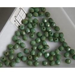 FP 3 - margele sticla firepolish 3 mm, culoarea verde/maro (100 buc) CE-03-222