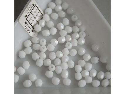FP 3 - margele sticla firepolish 3mm, culoarea alb (100 buc) CE-03-228